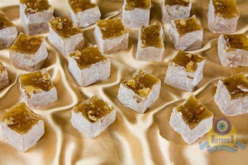 Лукум «Падишах» с орехами. Ассорти в сахарной пудре